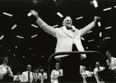 Leonard Bernstein acknowledges the audience after his last concert, August 19, 1990. Photographed by Walter H. Scott